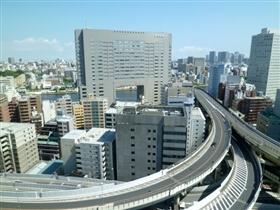 東京で営業しているクレジットカード現金化業者の特徴